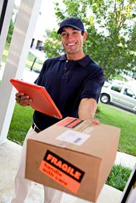 Postbote klingelt