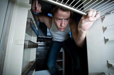 Mitte des Monats - Kühlschrank leer