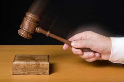 Gerichtsurteil positiv für Frau mit Multiple=