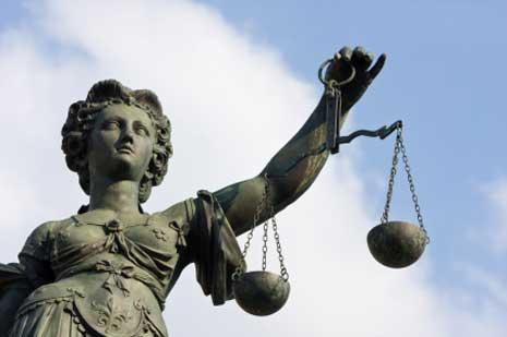 Justizia - Recht bekommen