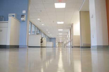 patienten waschen im krankenhaus